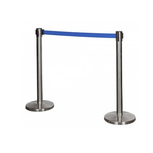 Оградительный столбик с синей вытяжной лентой